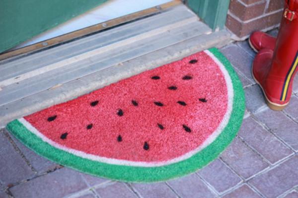 Придверный коврик в виде фруктов