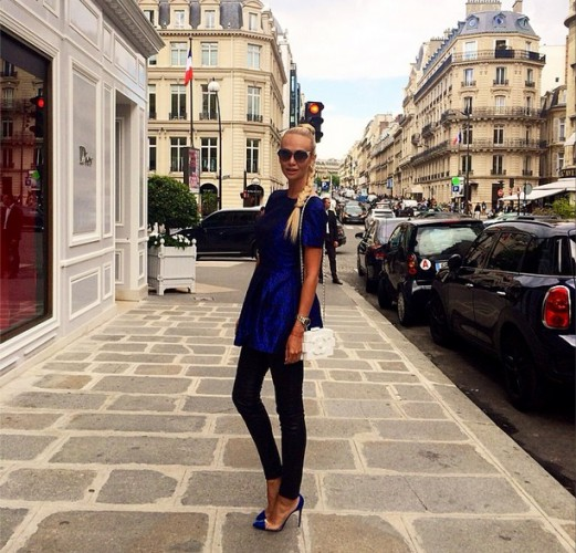 Виктория Лопырева в Париже