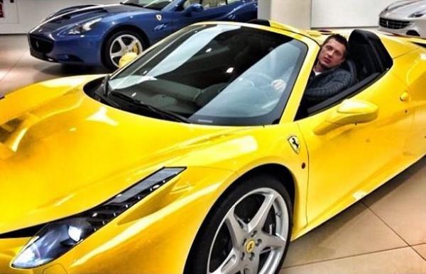 Владимир Самсоненко в своем новом авто