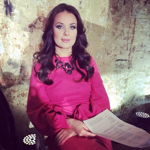 Российская телеведущая и певица Оксана Федорова