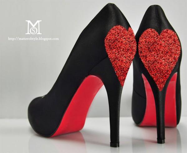 Туфли с блестящими сердцами