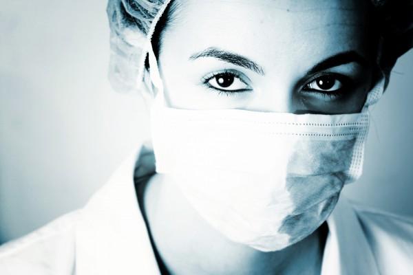Для медиков недуг, который унес более сотни жизней, пока остается загадкой