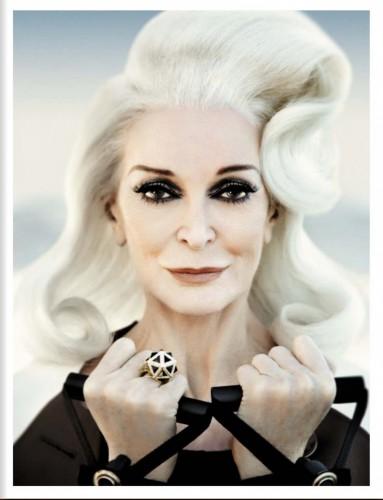 82-летняя Кармен Делль'Орефайс в журнале Vogue Italia