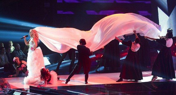 Криста Сиегфридс удивит зрителей поцелуем