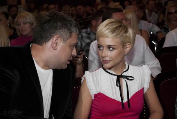 Тина Кароль была замужем за Огиром с 2008 года