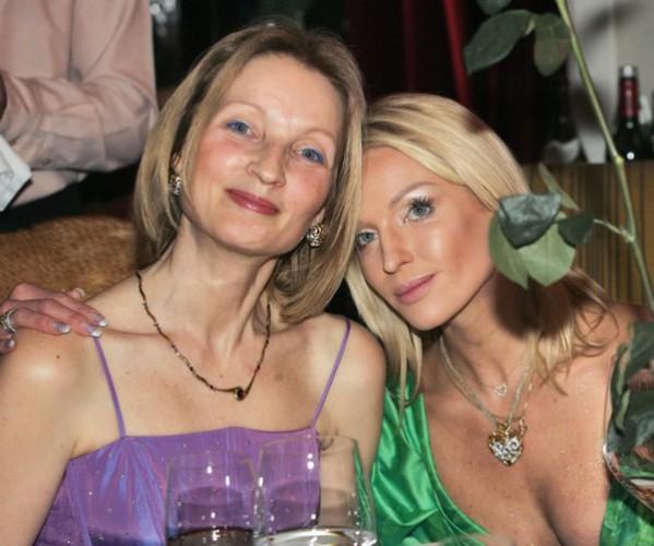 Мама Анастасии Волочковой испортила дочке день рождения