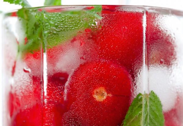 Рецепт                  Лимонад с черешней и мятой