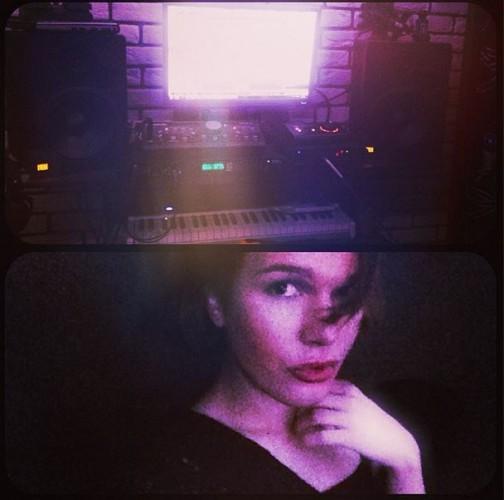 Борис Апрель показал фото со звукозаписывающей студии