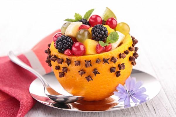 Рецепт                  Фруктовый салат в апельсиновой корзинке