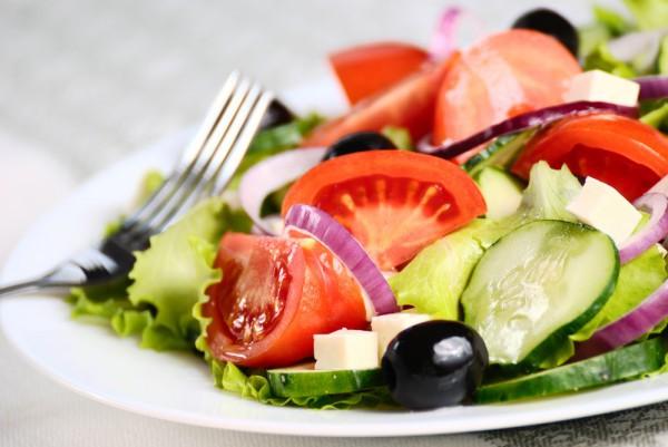 Блюда на Рождество: греческий салат