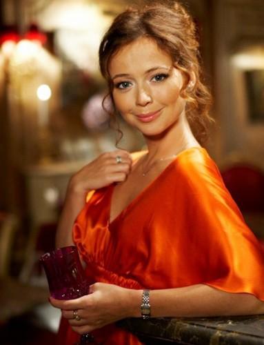 Елена Захарова - полная биография
