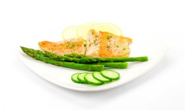 Рецепт                  Запеченный лосось со спаржей