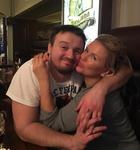 Анна с младшим братом Кириллом