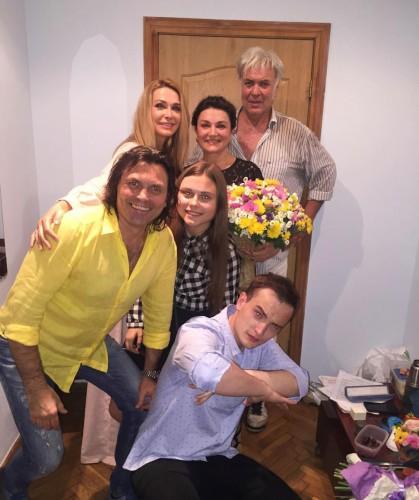 Наталья Сумская с семьей