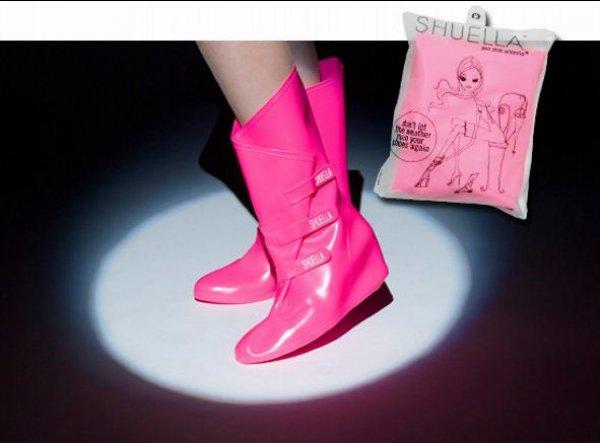Специальные сапоги, которые надевают поверх туфелек на каблуке.
