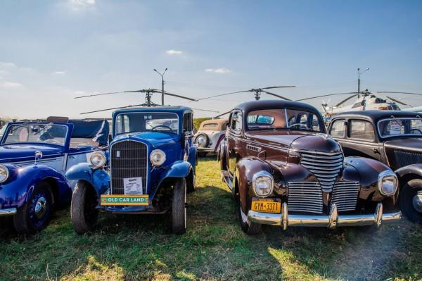 Old Car Land
