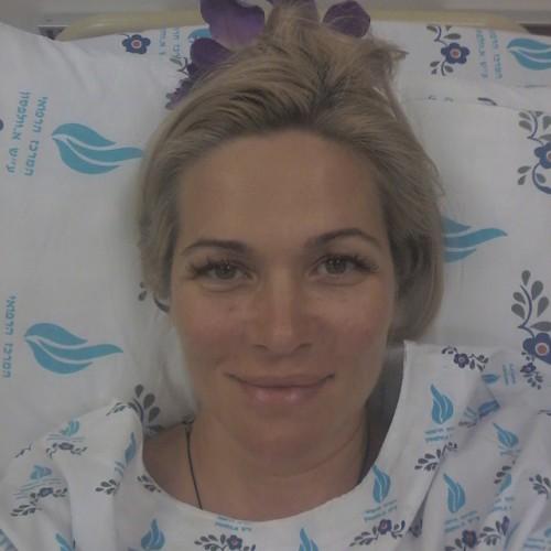 Беременная жена Антона Макарского попала в больницу