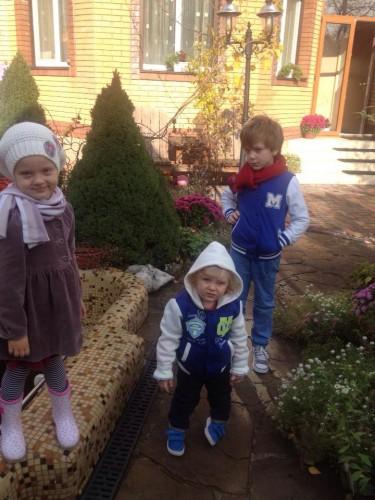 Дети Снежаны Егоровой и Антина Мухарского: Арина, Андрей и самый младший Иван