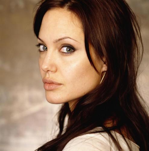 Орбаз Анжелины Джоли вдохновил Викторию Лопыреву