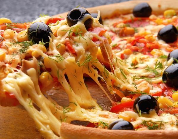 Рецепт                  Пицца с шампиньонами
