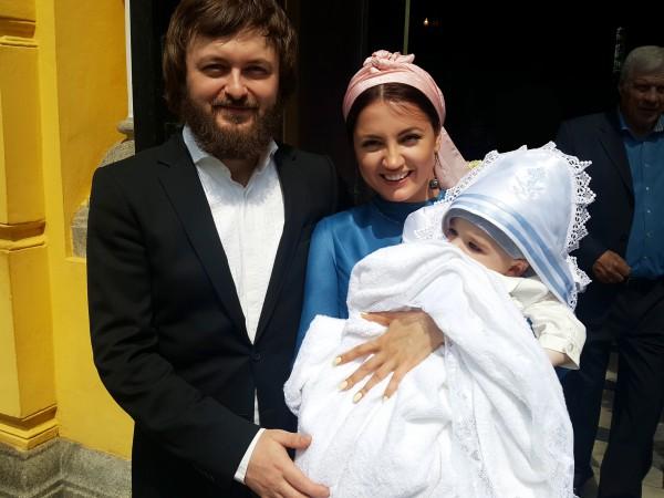 Дзідзьо та Оля Цибульська з похресником фото