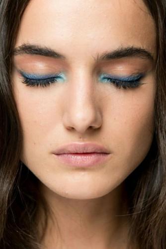 Яркие глаза: Как подобрать модные тени под цвет глаз