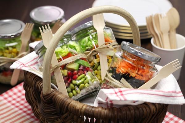 Вкусные салат в банке