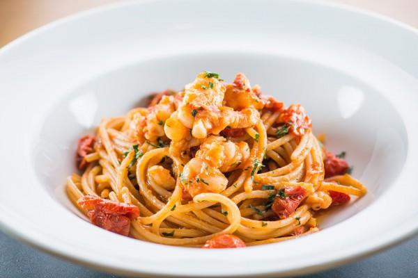 Блюда на 14 февраля: паста с креветками