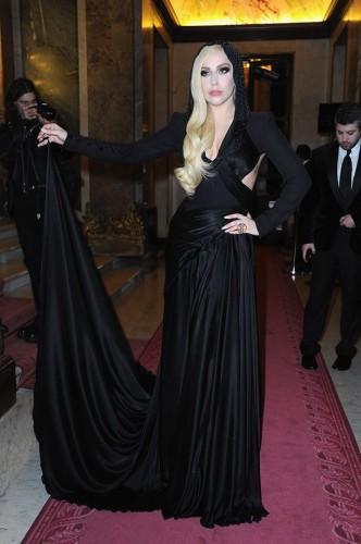 Певица Lady Gaga посетила показ кутюрной коллекции Atelier Versace весна-лето 2014