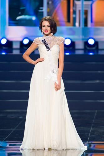 Мисс вселенной фото платья