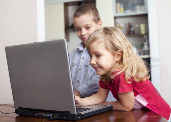 Главное - компьютер должен быть для ребенка не игрушкой, а учителем