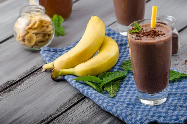 Милкшейк с шоколадом и бананом