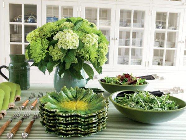 Белый и зеленый - нежное весеннее сочетание