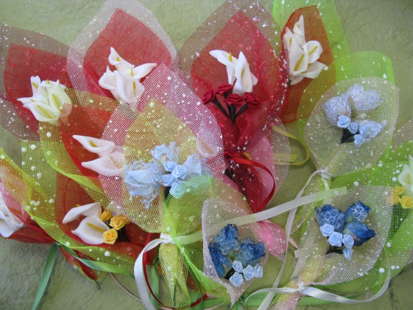 Цветы из сетки для цветов мастер класс