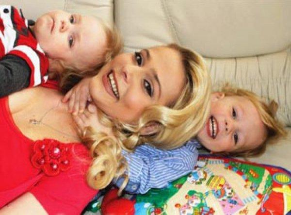 Ксения утверждает, что экс-супруг похитил ее сыновей