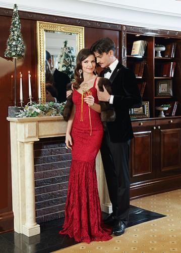 Елизавета Боярская и Максим Матвеев в семейной фотосессии