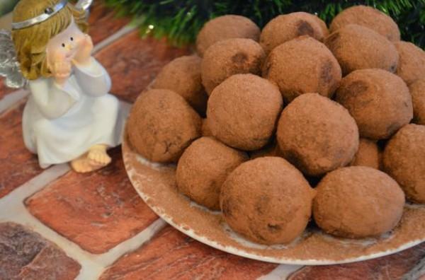 Полезные сладости: ПП конфеты из орехов и фиников