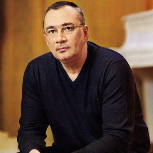 Константин Мелазде ответил на вопросы о работе
