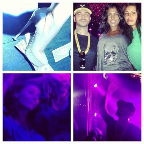 Санта Димопулос показала фотографии с отдыха в клубе
