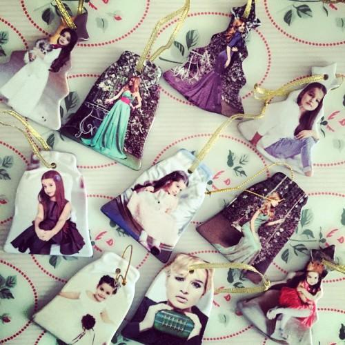 Ксения Бородина похвасталась оригинальными елочными игрушками