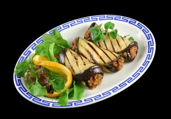 Рецепт                  Рулетики из баклажанов с мясом