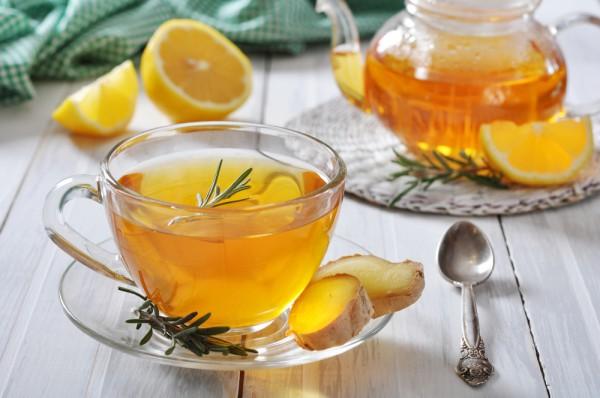 Напиток с имбирем и розмарином