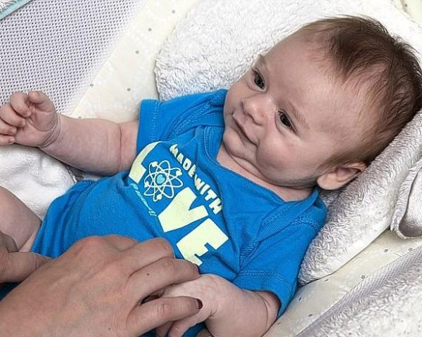 Коннор Леви – первый ребенок, появившийся на свет с помощью генетического скрининга NGS