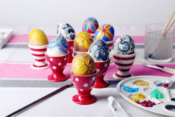 Яйца на Пасху красят в Чистый четверг