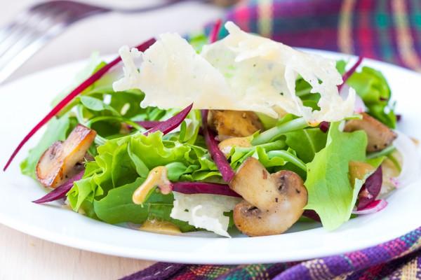 Рецепт                  Салат из грибов и свеклы