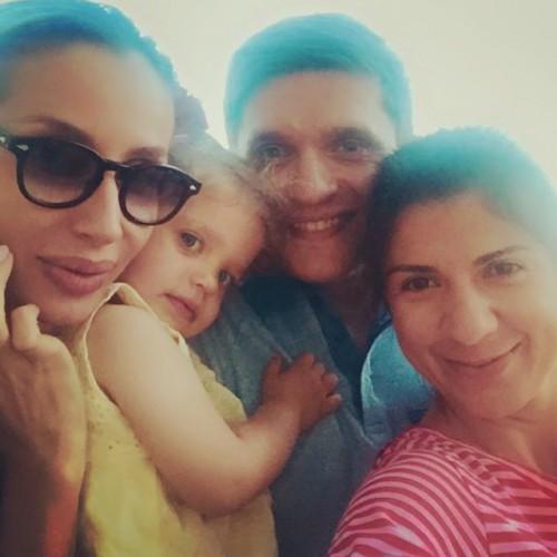 LOBODA со своей крестницей Лолой, ее отцом Анатолием Анатоличем и своим продюсером Нателлой Крапивиной