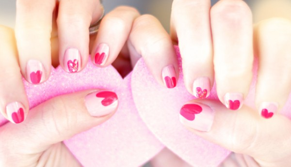 Маникюр на День святого Валентина