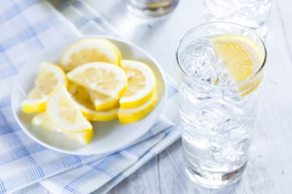 Вода с лимоном предотвращает развитие рака