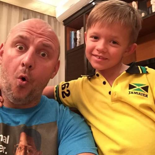 Потап со своим шестилетним сыном Андреем