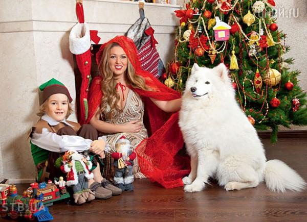 Ирина Дубцова устроила новогоднюю фотосессию